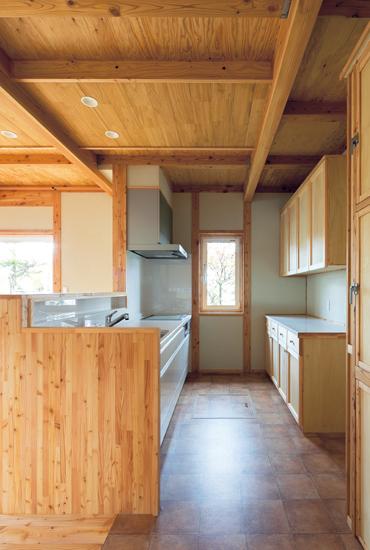 北海道のカラマツを生かして 次世代の森をつくる住まい