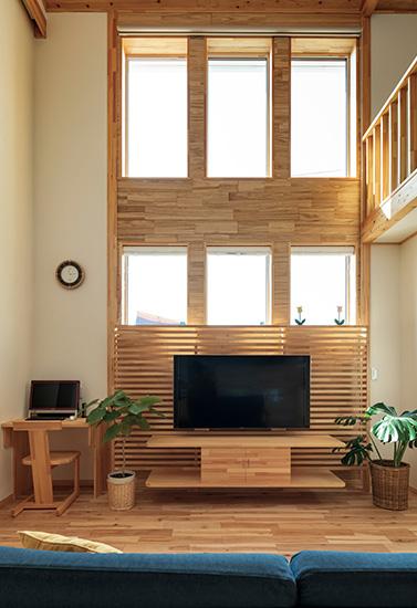 丁寧な造作が生きる、木のぬくもりに包まれた高断熱・高気密の家